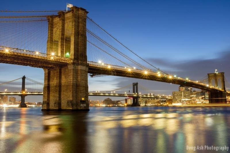 Long exposure of the Brooklyn Bridge before sunrise